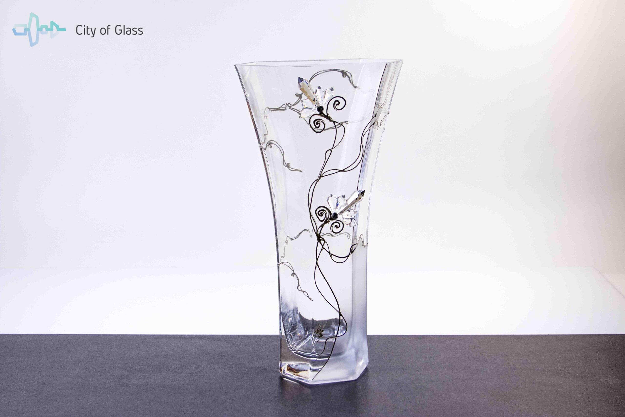 vaas met kristallen loranto,