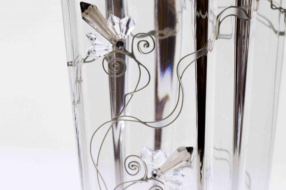 bloemenvaas met kristallen