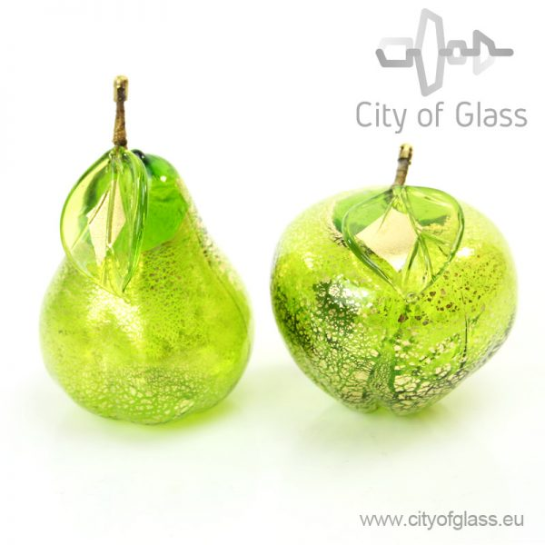 Murano glassobject Apple and Pear with goldleaf