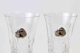 Trouwcadeau champagneglazen met zilveren trouringen en stenen paars. scaled 270x180 - Home