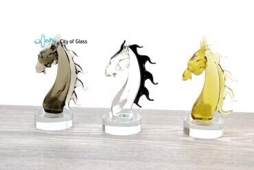 Paardekop van glas samen